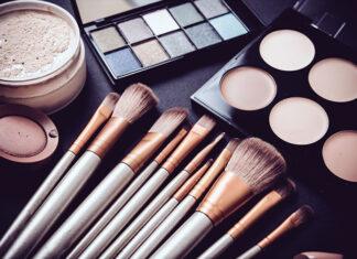 Jak zrobić idealny makijaż? Oto instrukcja krok po kroku!