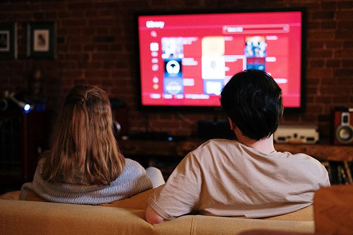 Czym jest Smart TV i dlaczego warto go mieć w swoim telewizorze