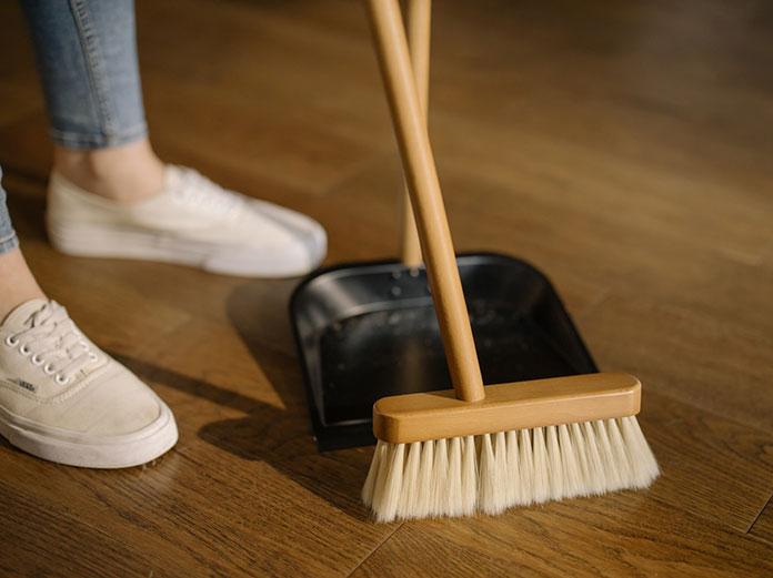 Czy warto wynająć firmę sprzątającą